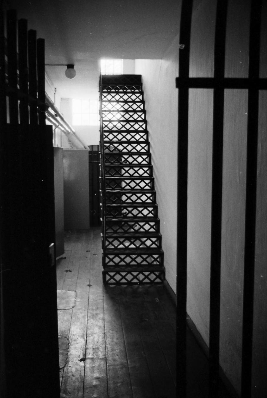 billede af gangen til arresten